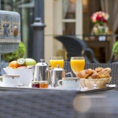 Отель Hôtel La Pérouse Франция, Ницца - 2 отзыва об отеле, цены и фото номеров - забронировать отель Hôtel La Pérouse онлайн гостиничный бар