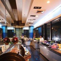 Отель Baiyoke Suite Hotel Таиланд, Бангкок - 3 отзыва об отеле, цены и фото номеров - забронировать отель Baiyoke Suite Hotel онлайн питание