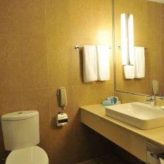 Отель Novotel Shenzhen Watergate Китай, Шэньчжэнь - отзывы, цены и фото номеров - забронировать отель Novotel Shenzhen Watergate онлайн ванная