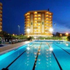 Отель Grand Hotel Montesilvano Италия, Монтезильвано - отзывы, цены и фото номеров - забронировать отель Grand Hotel Montesilvano онлайн бассейн