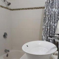 Отель 256 Jamaica Ямайка, Монтего-Бей - отзывы, цены и фото номеров - забронировать отель 256 Jamaica онлайн ванная