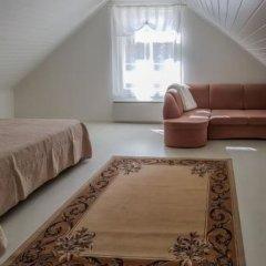 Отель Holiday Home Villa Mirage Финляндия, Ювяскюля - отзывы, цены и фото номеров - забронировать отель Holiday Home Villa Mirage онлайн комната для гостей фото 4