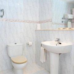 Отель Apartamentos Sol Romantica ванная фото 2