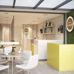 Yellow Mango Hostel Бангкок гостиничный бар