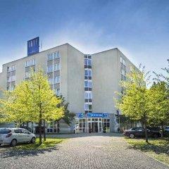 TRYP Bochum-Wattenscheid Hotel парковка