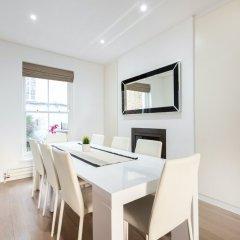 Апартаменты Kensington Area - Private Apartment Лондон в номере
