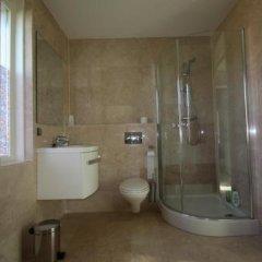 Отель Floriande Bed & Breakfast Нидерланды, Хофддорп - отзывы, цены и фото номеров - забронировать отель Floriande Bed & Breakfast онлайн ванная