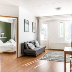 Отель Hiisi Homes Vantaa Sauna Airport Финляндия, Вантаа - отзывы, цены и фото номеров - забронировать отель Hiisi Homes Vantaa Sauna Airport онлайн комната для гостей
