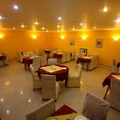 Отель Royal Astoria Hotel Непал, Катманду - отзывы, цены и фото номеров - забронировать отель Royal Astoria Hotel онлайн питание