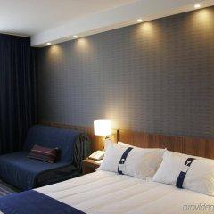 Отель Holiday Inn Express Bilbao Испания, Дерио - отзывы, цены и фото номеров - забронировать отель Holiday Inn Express Bilbao онлайн комната для гостей фото 4