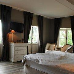 Отель Chateau Rougesse балкон