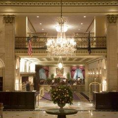 Отель The Roosevelt Hotel, New York City США, Нью-Йорк - 9 отзывов об отеле, цены и фото номеров - забронировать отель The Roosevelt Hotel, New York City онлайн интерьер отеля фото 3