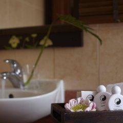 Отель Pannee Lodge Таиланд, Бангкок - отзывы, цены и фото номеров - забронировать отель Pannee Lodge онлайн ванная