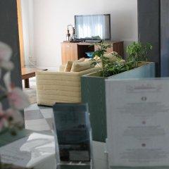 Отель Bellerive Ristorante Albergo Манерба-дель-Гарда интерьер отеля фото 2