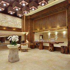 Отель Jimbaran Bay Beach Resort & Spa интерьер отеля