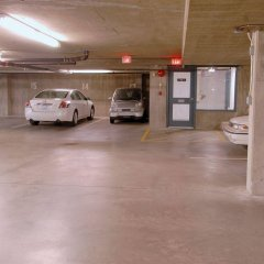 Отель Robson Suites Канада, Ванкувер - отзывы, цены и фото номеров - забронировать отель Robson Suites онлайн парковка