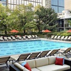 Отель Sheraton Centre Toronto Hotel Канада, Торонто - отзывы, цены и фото номеров - забронировать отель Sheraton Centre Toronto Hotel онлайн бассейн фото 2