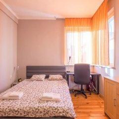 Отель FM Premium 1-BDR Apartment - Business Location Болгария, София - отзывы, цены и фото номеров - забронировать отель FM Premium 1-BDR Apartment - Business Location онлайн комната для гостей фото 4