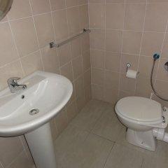 Отель Evans Guesthouse ванная