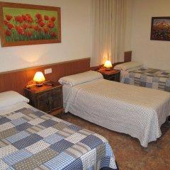 Отель Hostal Bruña Мадрид комната для гостей фото 3