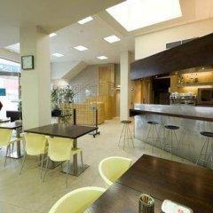 Отель Esplugues Испания, Эсплугес-де-Льобрегат - отзывы, цены и фото номеров - забронировать отель Esplugues онлайн гостиничный бар