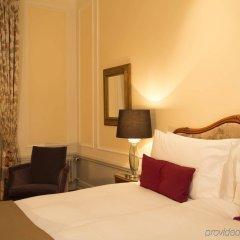 Hotel Bellevue Palace Bern ванная