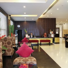 Отель FuramaXclusive Sukhumvit интерьер отеля