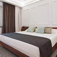 Отель One Shot Palacio Reina Victoria 04 комната для гостей