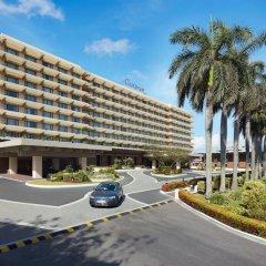 Отель Cinnamon Lakeside Colombo парковка
