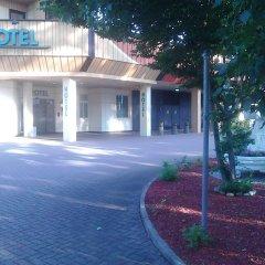 Best Living Hotel Arotel парковка