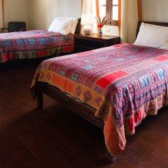 Отель Villa Maydou Boutique Hotel Лаос, Луангпхабанг - отзывы, цены и фото номеров - забронировать отель Villa Maydou Boutique Hotel онлайн комната для гостей фото 3