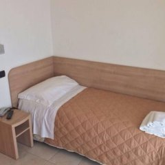 Hotel Costazzurra Римини комната для гостей