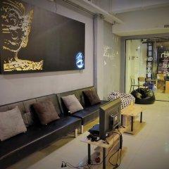 Qing lian Youth Hostel&Cafe комната для гостей фото 2