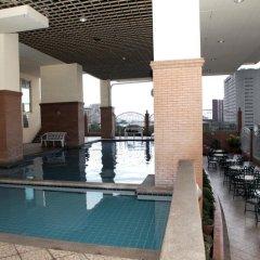 Отель MCH Suites at Le Mirage de Malate Филиппины, Манила - отзывы, цены и фото номеров - забронировать отель MCH Suites at Le Mirage de Malate онлайн бассейн фото 3