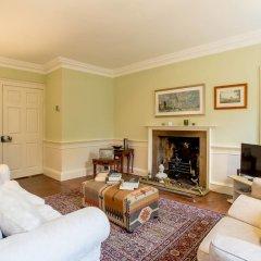 Отель Calton Hill Idyllic Cottage Feel Next 2 Princes St Эдинбург комната для гостей фото 3