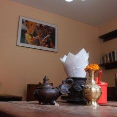 Отель Cosy Hotel Непал, Бхактапур - отзывы, цены и фото номеров - забронировать отель Cosy Hotel онлайн интерьер отеля