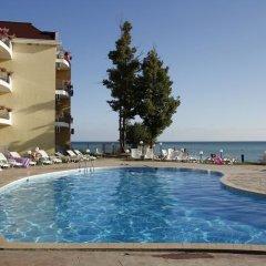 Отель Helios Болгария, Балчик - отзывы, цены и фото номеров - забронировать отель Helios онлайн бассейн фото 2