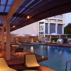 Отель The Park New Delhi бассейн фото 3