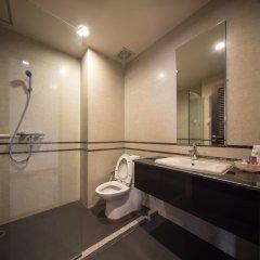 Отель The Tepp Serviced Apartment Таиланд, Бангкок - отзывы, цены и фото номеров - забронировать отель The Tepp Serviced Apartment онлайн ванная фото 2