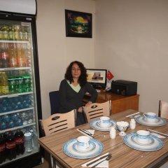 Sari Pansiyon Турция, Эдирне - отзывы, цены и фото номеров - забронировать отель Sari Pansiyon онлайн питание