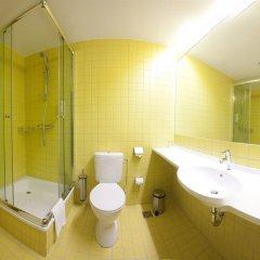 Отель Kaunas City Литва, Каунас - отзывы, цены и фото номеров - забронировать отель Kaunas City онлайн ванная