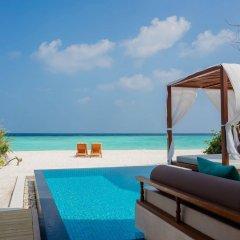 Отель Furaveri Island Resort & Spa Мальдивы, Медупару - отзывы, цены и фото номеров - забронировать отель Furaveri Island Resort & Spa онлайн бассейн