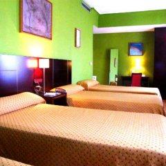 Отель Carlos V комната для гостей фото 4