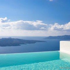 Отель Cosmopolitan Suites Греция, Остров Санторини - отзывы, цены и фото номеров - забронировать отель Cosmopolitan Suites онлайн бассейн фото 3