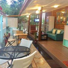 Отель Ace Traveller's Inn Филиппины, Пуэрто-Принцеса - отзывы, цены и фото номеров - забронировать отель Ace Traveller's Inn онлайн бассейн