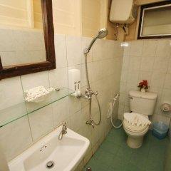 Отель Bangphlat Resort Бангкок ванная фото 2