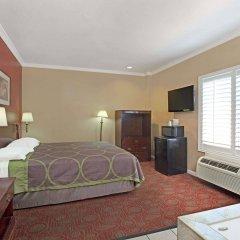Отель Super 8 North Hollywood Лос-Анджелес комната для гостей фото 4