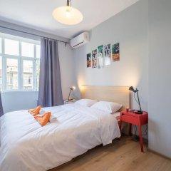 Апартаменты FM Deluxe 1-BDR Apartment - Style Meets Charm София комната для гостей фото 3
