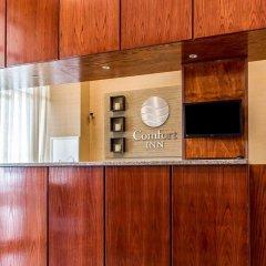 Отель Comfort Inn At LaGuardia Airport США, Нью-Йорк - отзывы, цены и фото номеров - забронировать отель Comfort Inn At LaGuardia Airport онлайн интерьер отеля