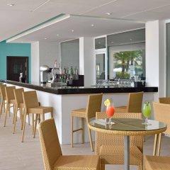 Отель Sol Beach House Mallorca - Adult Only гостиничный бар